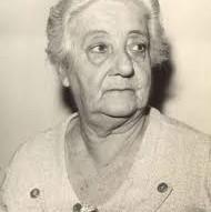 Biografia de Yvonne A. Pereira